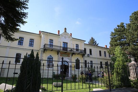 Kosova 25